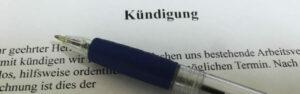 Fachanwalt für Arbeitsrecht Scharrer/ Kündigung eines Arbeitsvertrages